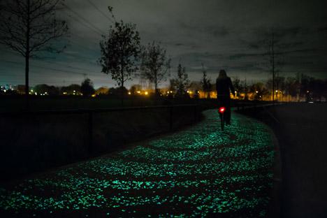 Daan-Roosegaarde Van Gogh pista ciclabile ecologica
