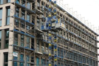 Bonus facciata 2020, balconi rovinati rifacimento o sistemazione compresi o no
